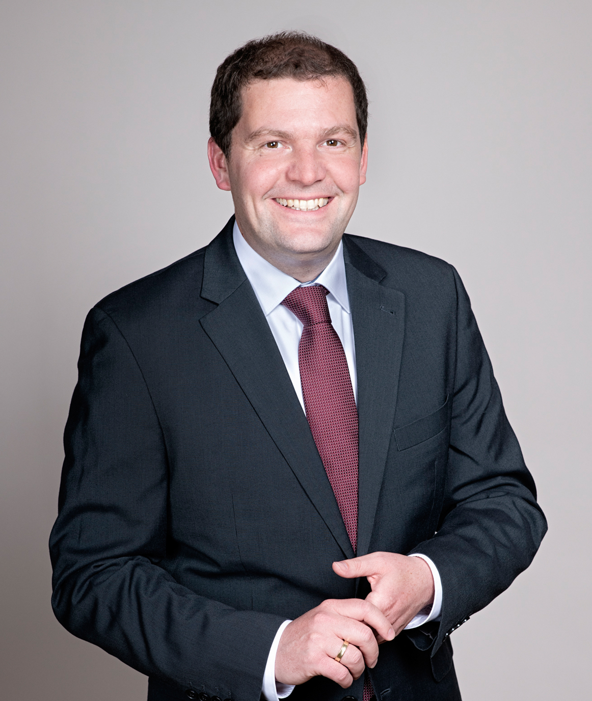 Dr. Christian Kau